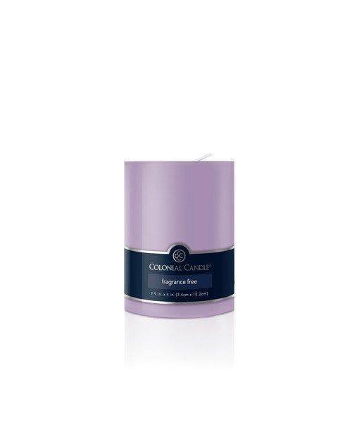 Vela pilar Colonial Candle® color lila de 10 cm