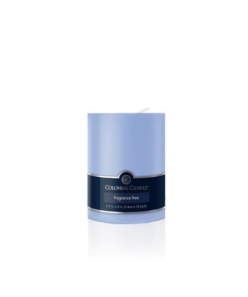 Vela pilar Colonial Candle® color azul claro de 10 cm