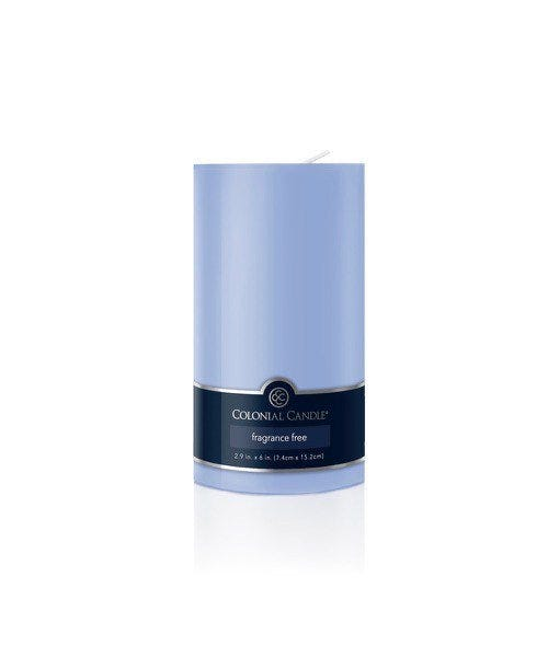 Vela pilar Colonial Candle® color azul claro de 15 cm