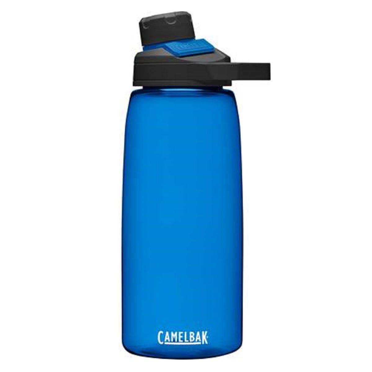CamelBak® Chute® Botella de agua con imán, 946.35 mL en azul oxford