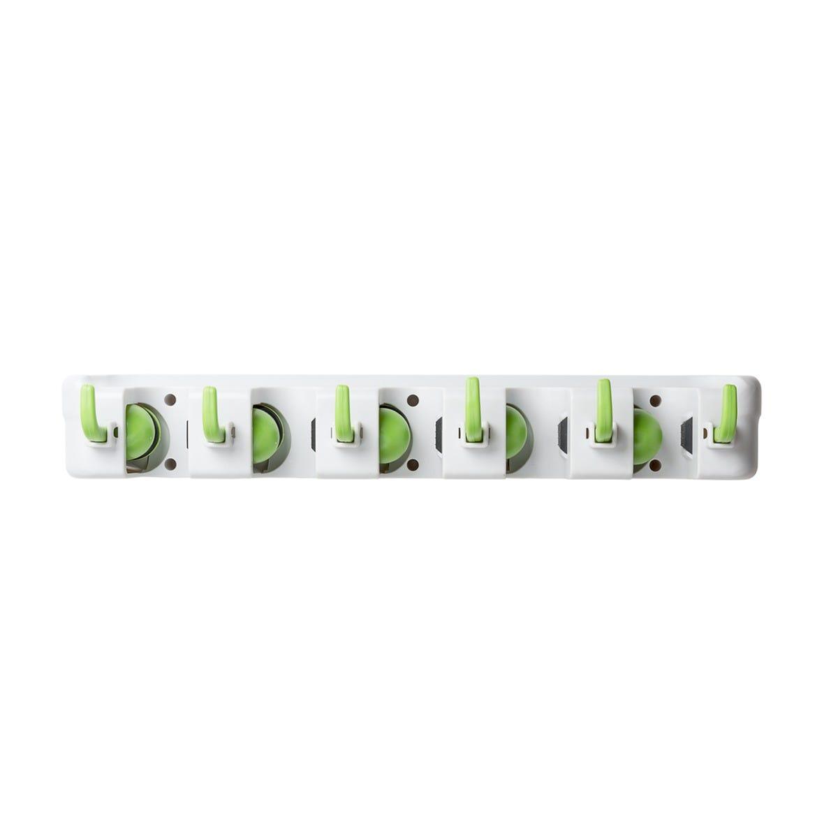 Organizador Virutex® Cretiva para escobas y trapeadores
