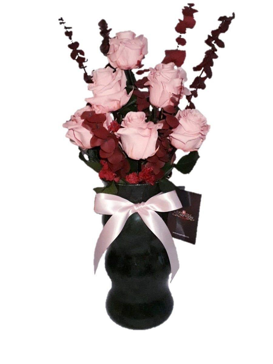 Arreglo floral de rosas naturales Mon Aphrodite® Pyramid Rose
