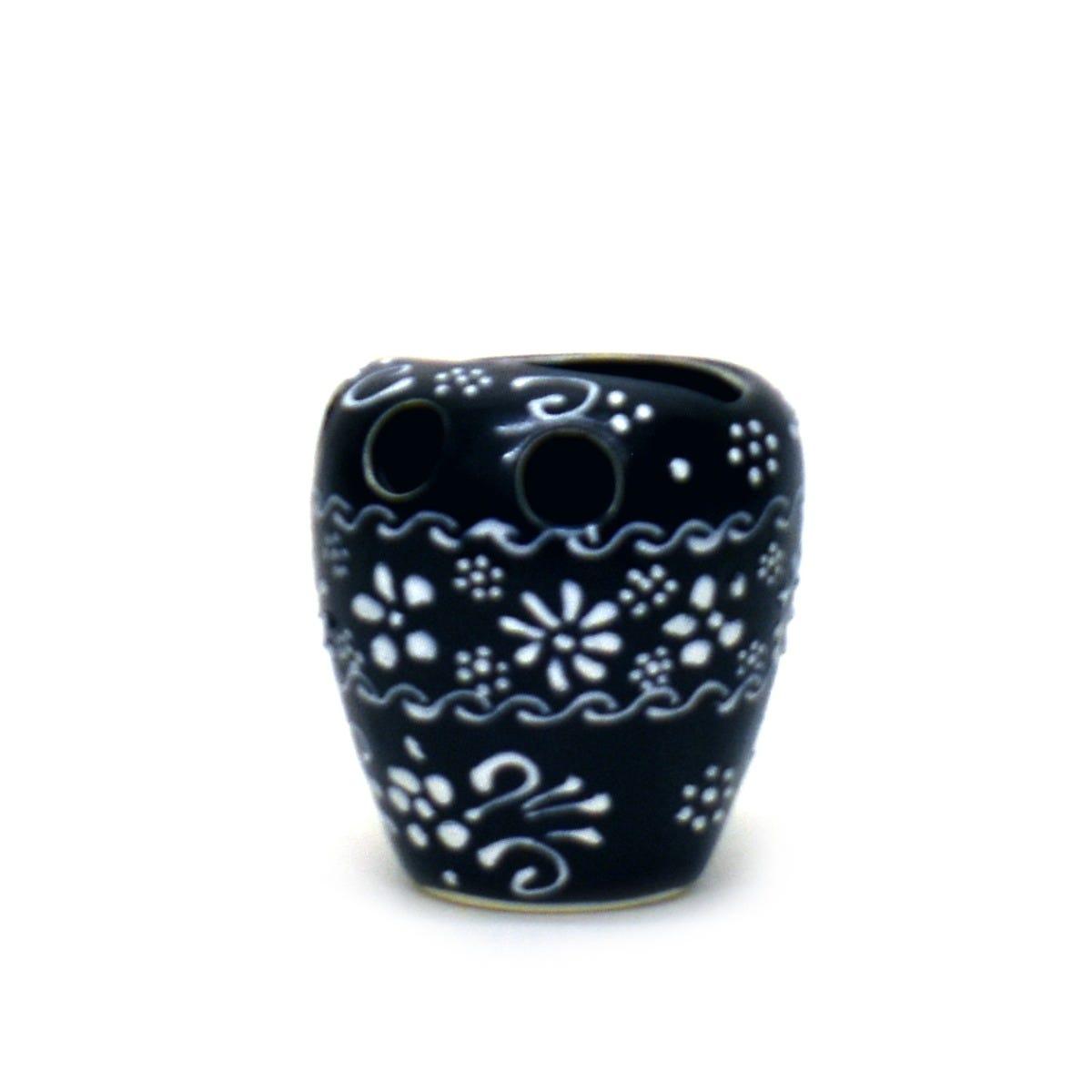 Portacepillos de dientes de cerámica Casa Mejicu con relieve color negro