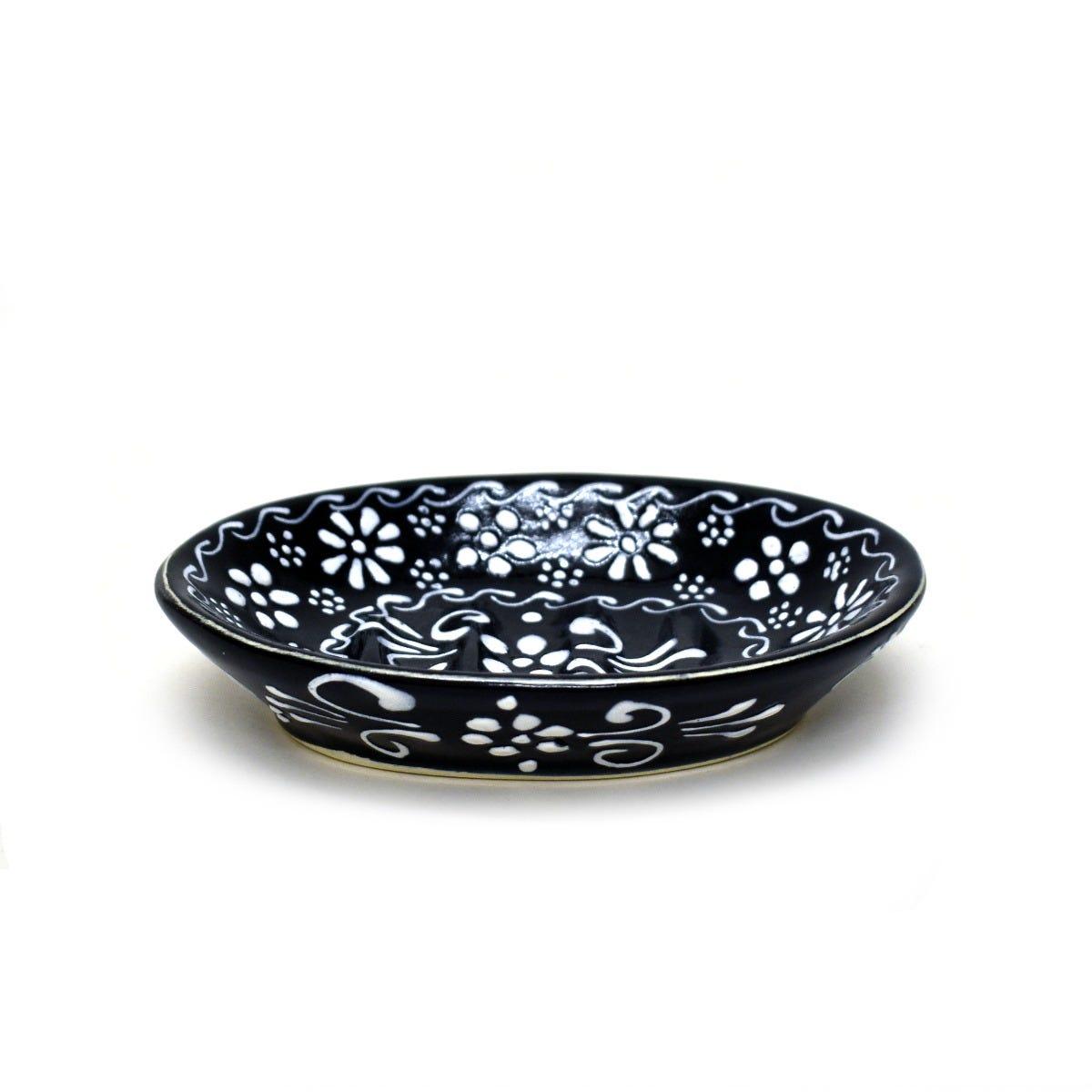 Jabonera con relieve en negro