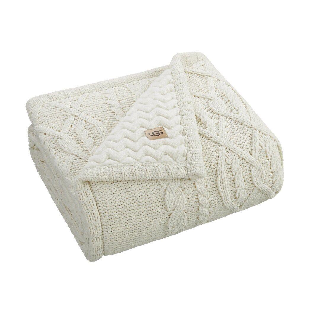 Frazada de poliéster UGG® Lita color blanco nieve