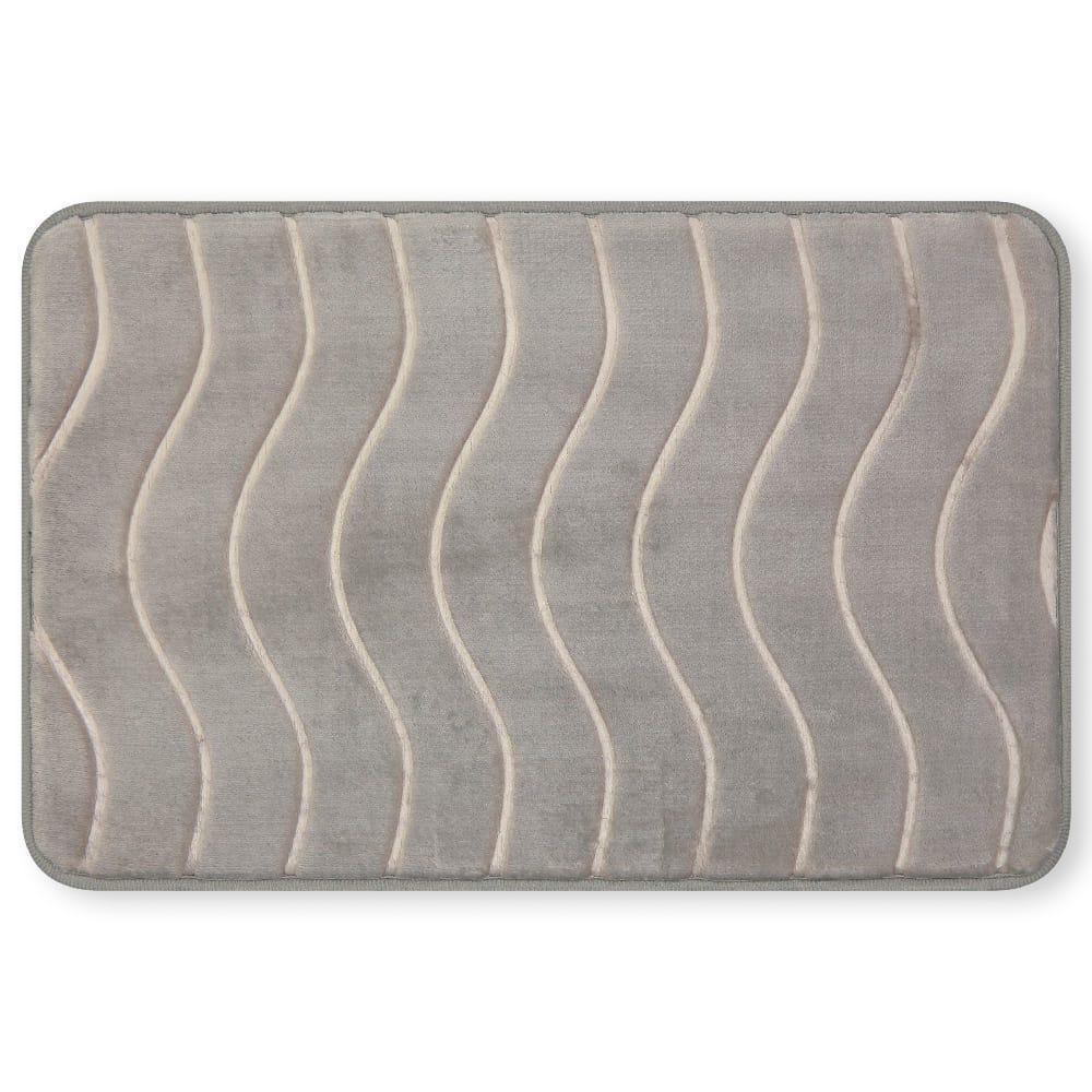 Tapete para baño de memory foam Casamia® con diseño de ondas color gris claro