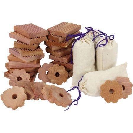 Cedro aromático Household Essentials®con esencia de lavanda, Set de 36